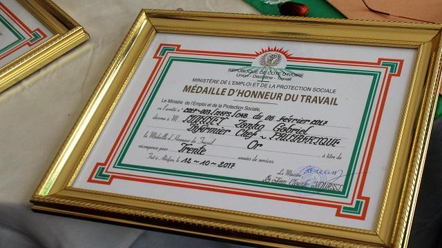 Médaille_d_honneur_travail_Palmafrique